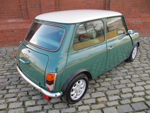 INVESTABLE CLASSIC 2001 MINI COOPER 1300 * ONLY 28500 MILES SOLD (picture 4 of 6)