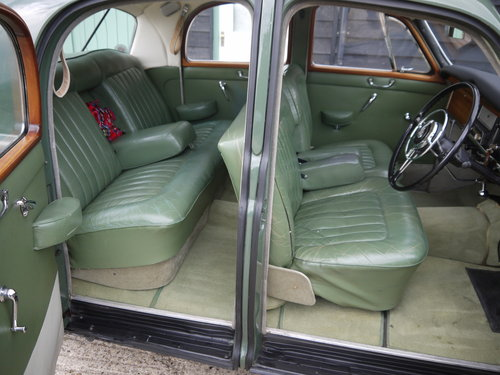 1959 ROVER P4 100 - BEAUTIFUL CAR WITH INTERESTING HISTORY !! SOLD (picture 5 of 6)