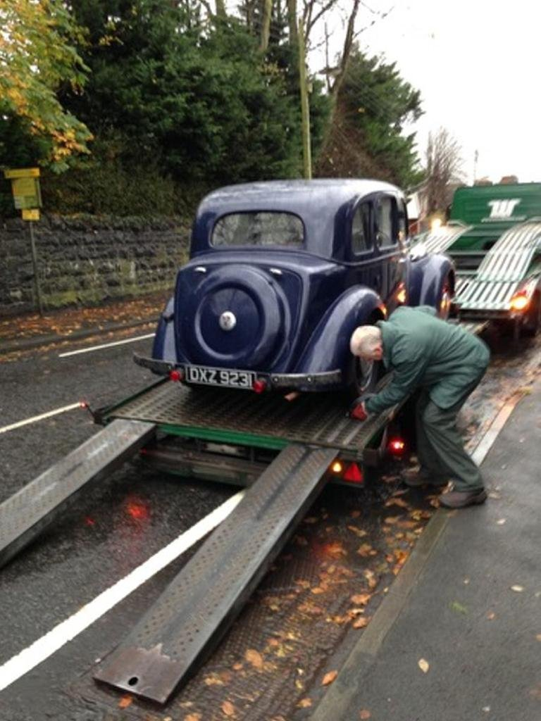 1939 Rover P2 Blue For Sale (picture 2 of 4)