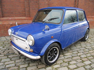 ROVER MINI RARE CLASSIC PAUL SMITH ONLY 36000 MILES
