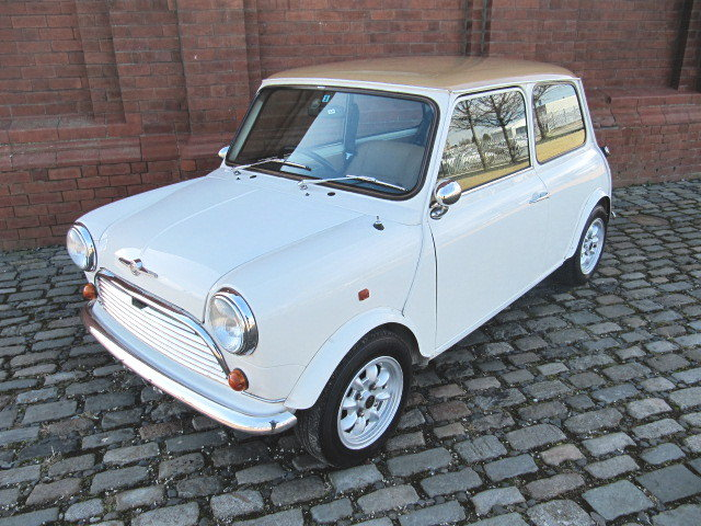 1995 ROVER MINI CLASSIC 1300 MANUAL MKI EXTRAS LOW MILEAGE  For Sale (picture 1 of 6)