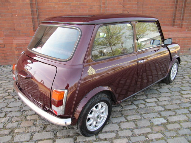 1999 ROVER MINI COOPER 40TH ANNIVERSARY EDITION IN MULBERRY *  SOLD (picture 2 of 6)