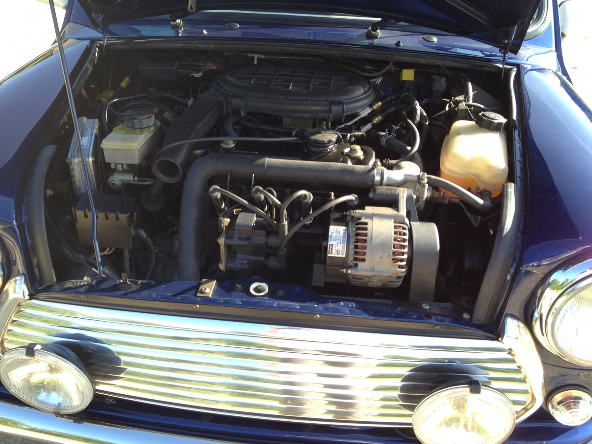 1997 Mini Cooper With Only 12,500 Miles For Sale (picture 4 of 6)