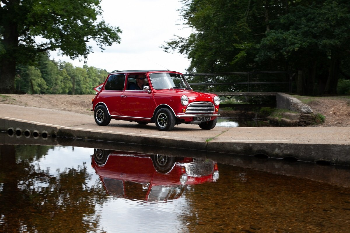 Rover Mini Special 1991 - To be auctioned 26-07-19 For Sale by Auction (picture 5 of 6)