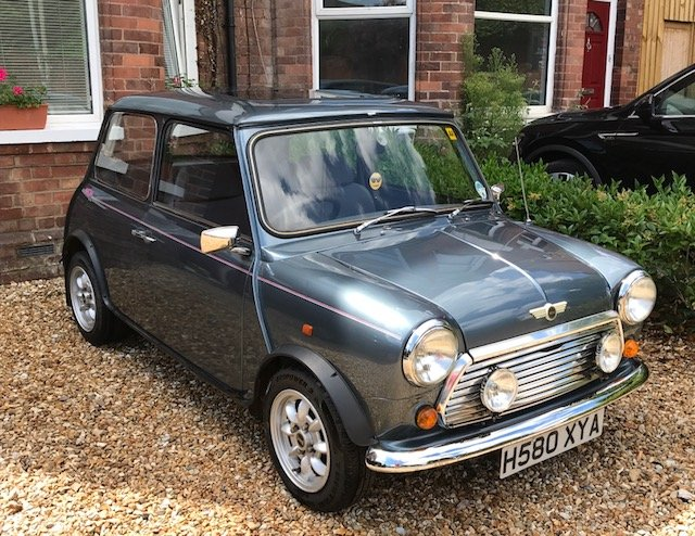 Limited edition Mini Neon 1991 reg low mileage For Sale (picture 2 of 6)