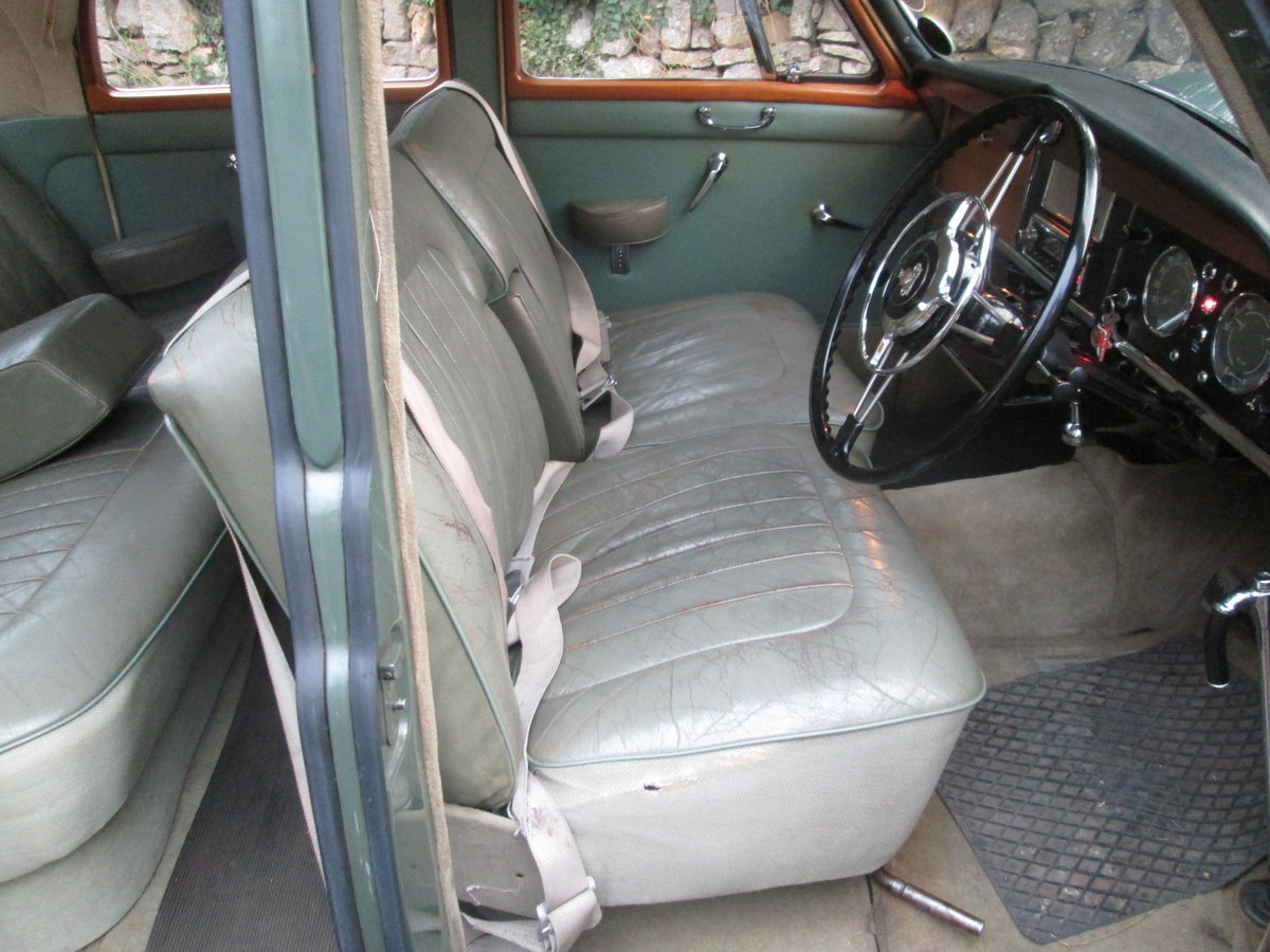 Rover 100 1960 For Sale (picture 3 of 4)