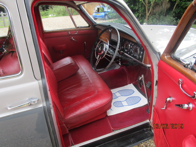 1960 Rover P4 100 (Card Payments Accepted & Delivery) SOLD (picture 4 of 6)