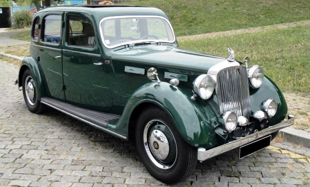 Rover P2 16HP Saloon - 1946 For Sale (picture 2 of 6)