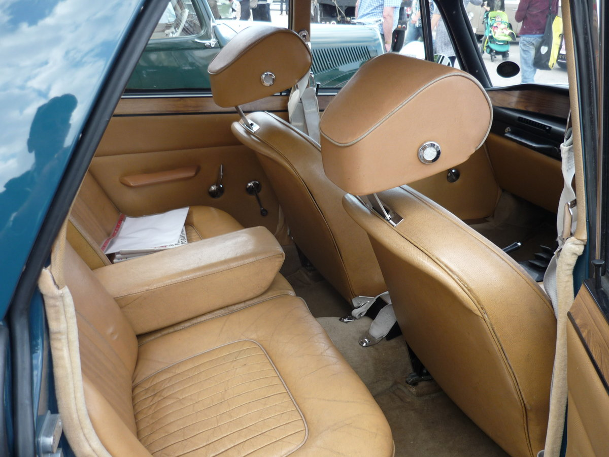 STUNNING 1967 ROVER 2000TC P6 SERIES 1 SOLD (picture 5 of 6)