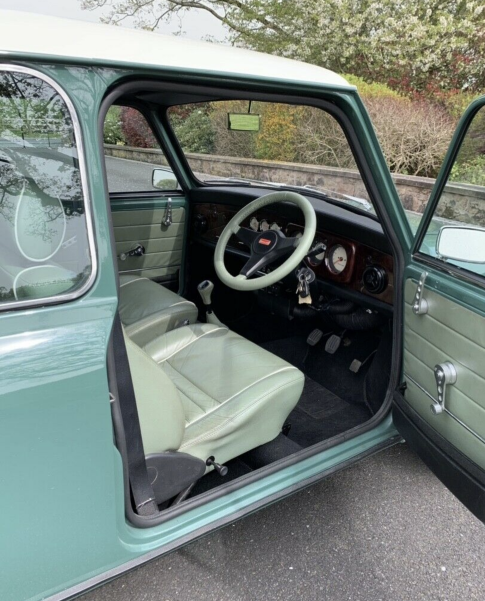 1996 Mini Cooper 35th Anniversary - Fully Restored SOLD (picture 6 of 6)