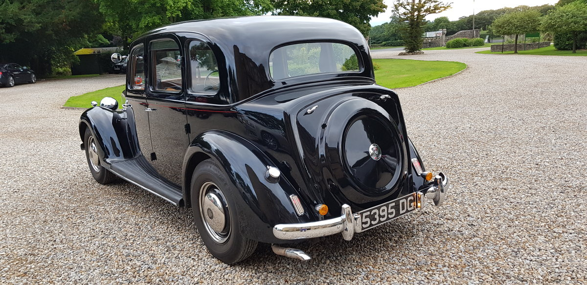 1948 BEAUTIFUL POST-WAR ROVER LUXURY AND POWER SOLD (picture 3 of 6)