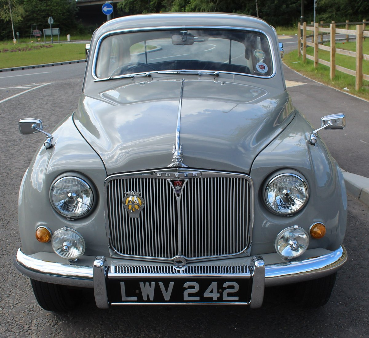 1955 Rover P4 75 Saloon 6 Cylinder Excellent Condition SOLD (picture 2 of 6)