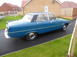1975 Rover 2200 SC ( Manual Gearbox) Single carburetor. For Sale