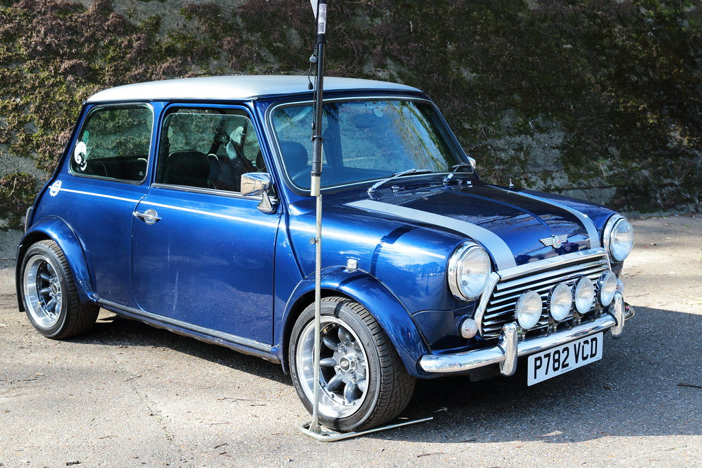 1996 Mini Cooper Sports Pack 1.3i SPI For Sale (picture 1 of 6)