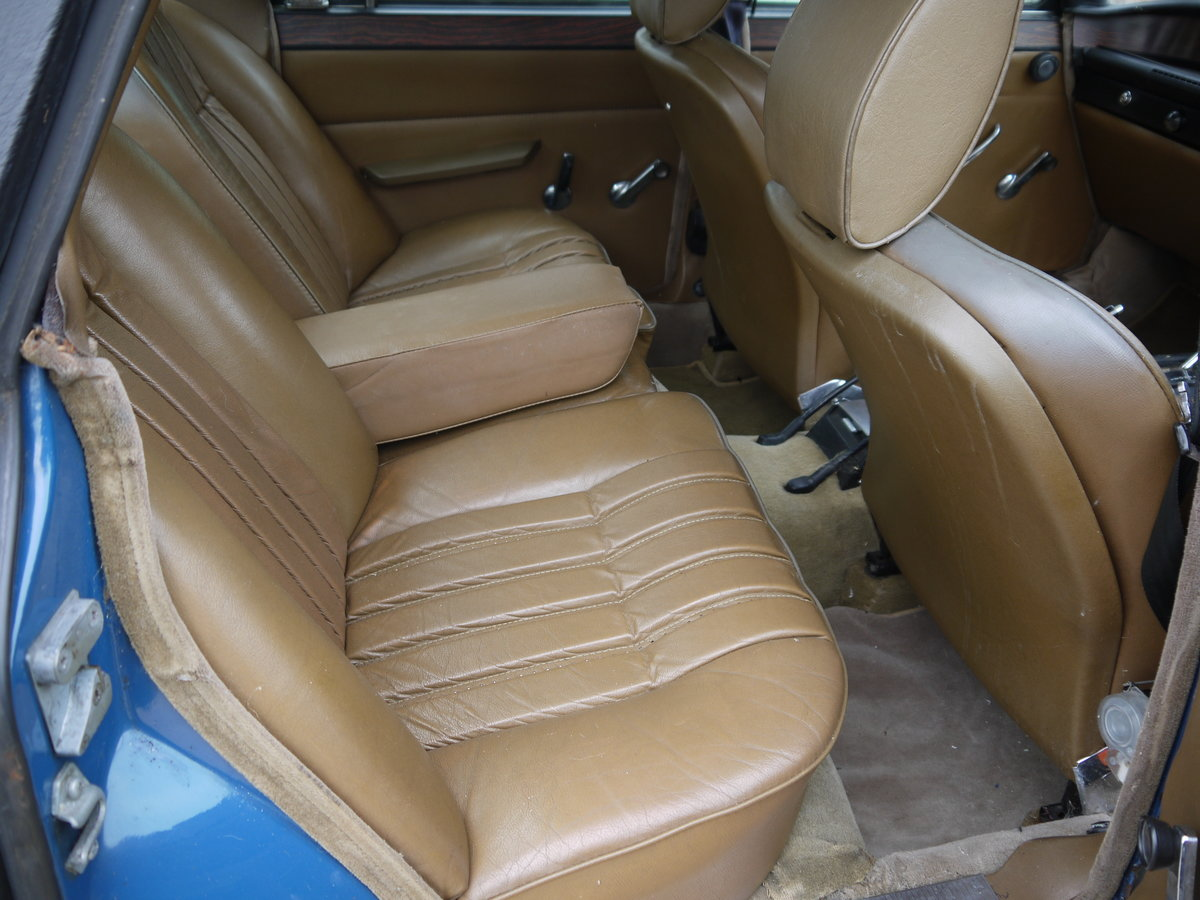1973 ROVER P6 V8 3500 WITH PAS AND LEATHER - PROJECT CAR !! SOLD (picture 5 of 6)