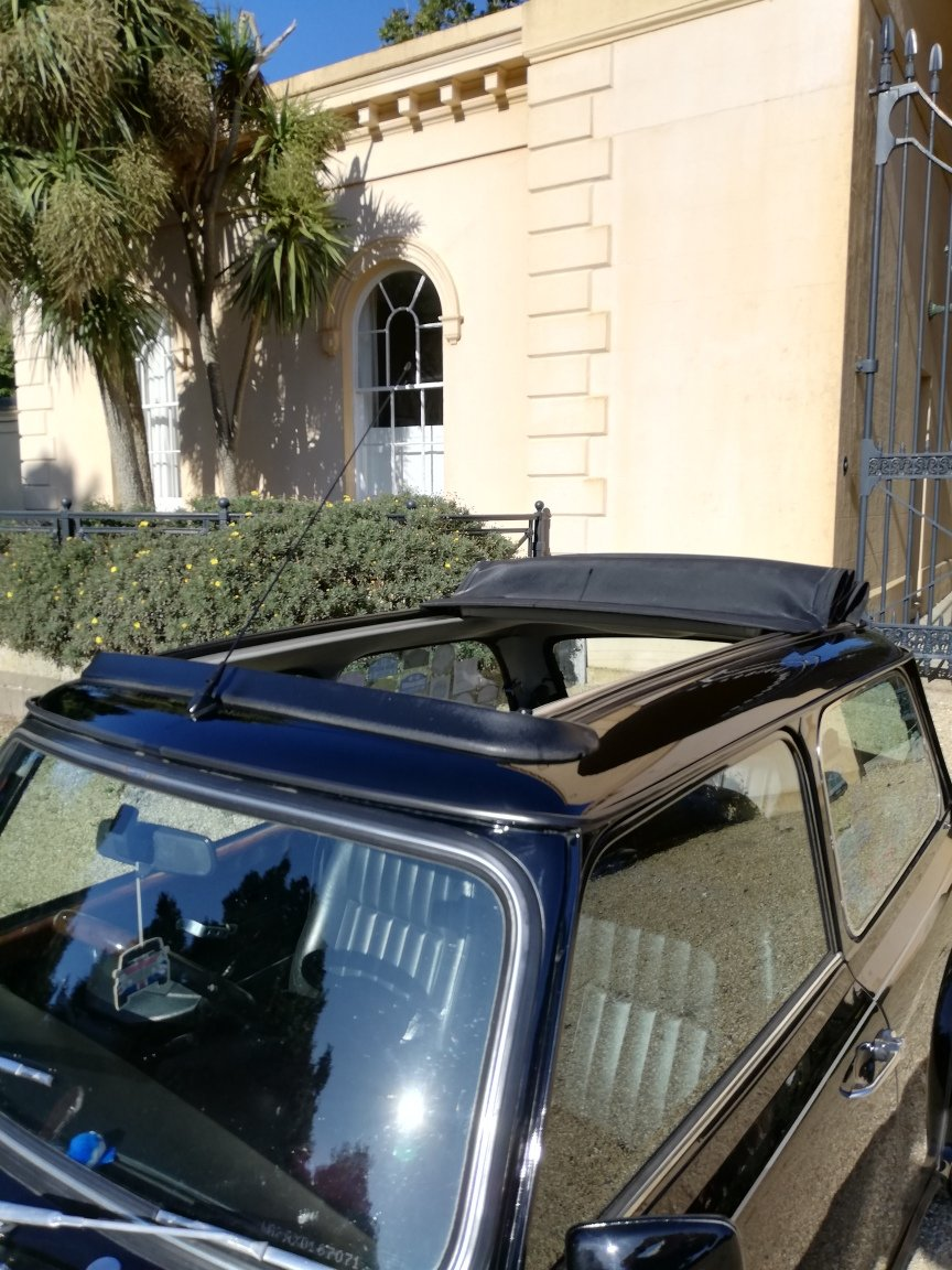 1999 Rover Mini Cooper Sport with full electric sunroof For Sale (picture 4 of 6)