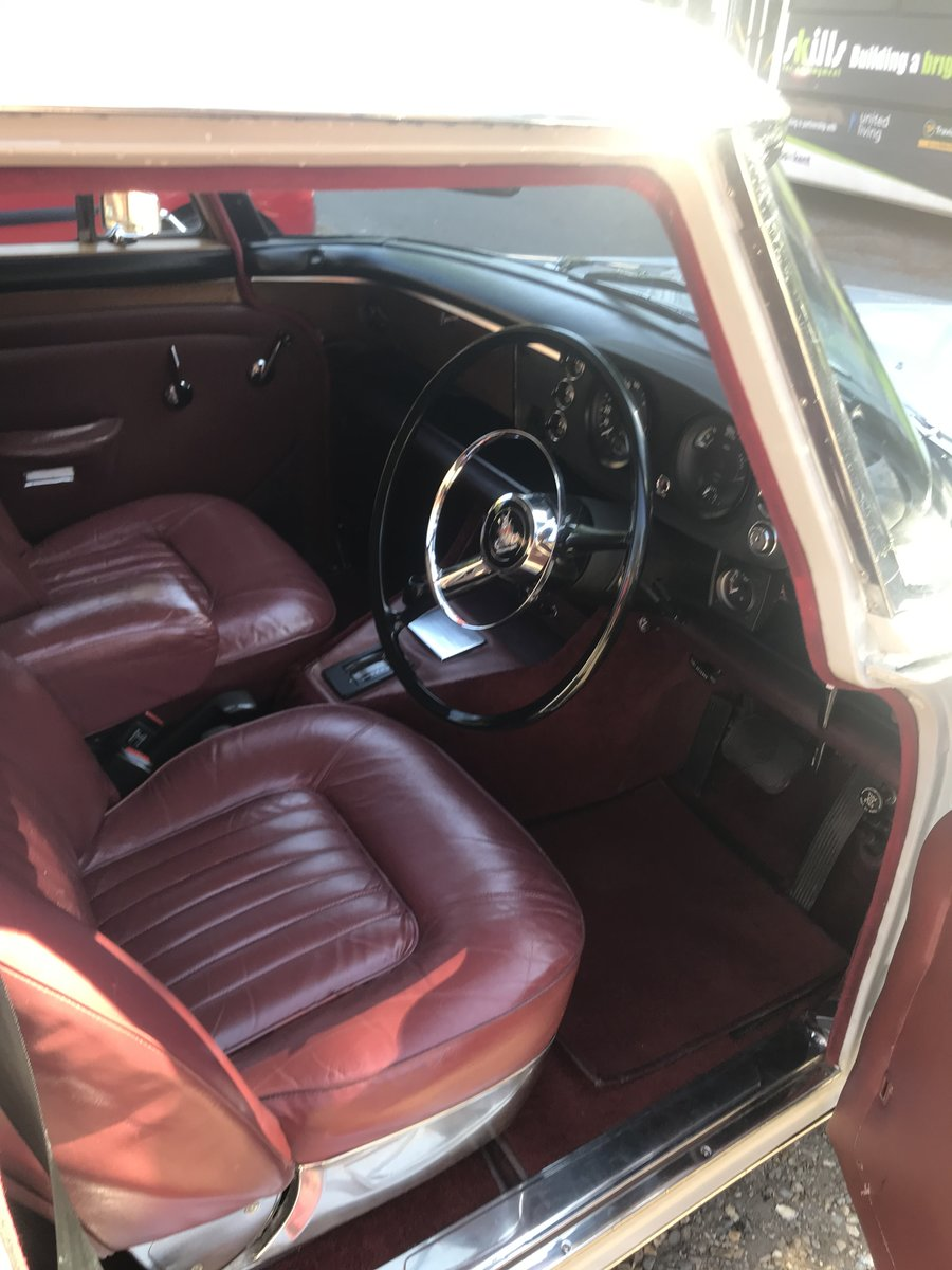 1970 ROVER P5B SALOON For Sale (picture 2 of 6)