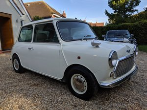 2000 Mini balmoral, immaculate, auto, fsh from new, 33k
