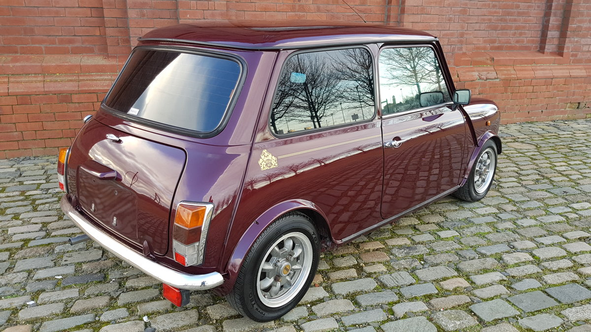 1999 ROVER MINI COOPER 40TH ANNIVERSARY EDITION IN MULBERRY * For Sale (picture 2 of 6)