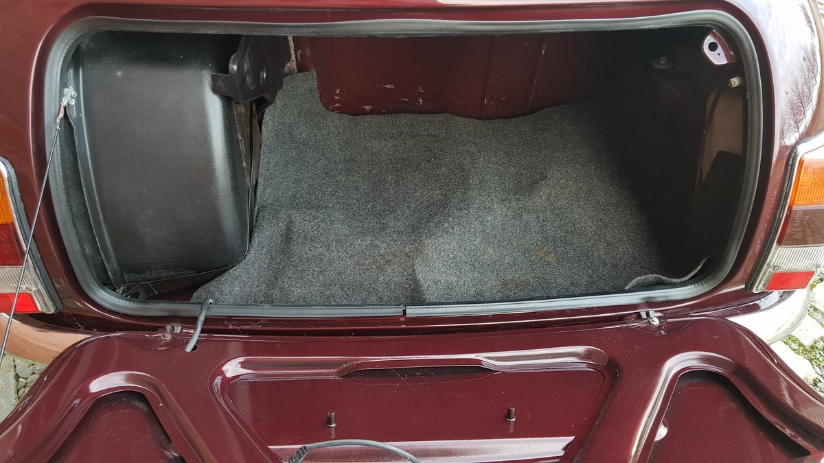 1999 ROVER MINI COOPER 40TH ANNIVERSARY EDITION IN MULBERRY * For Sale (picture 5 of 6)
