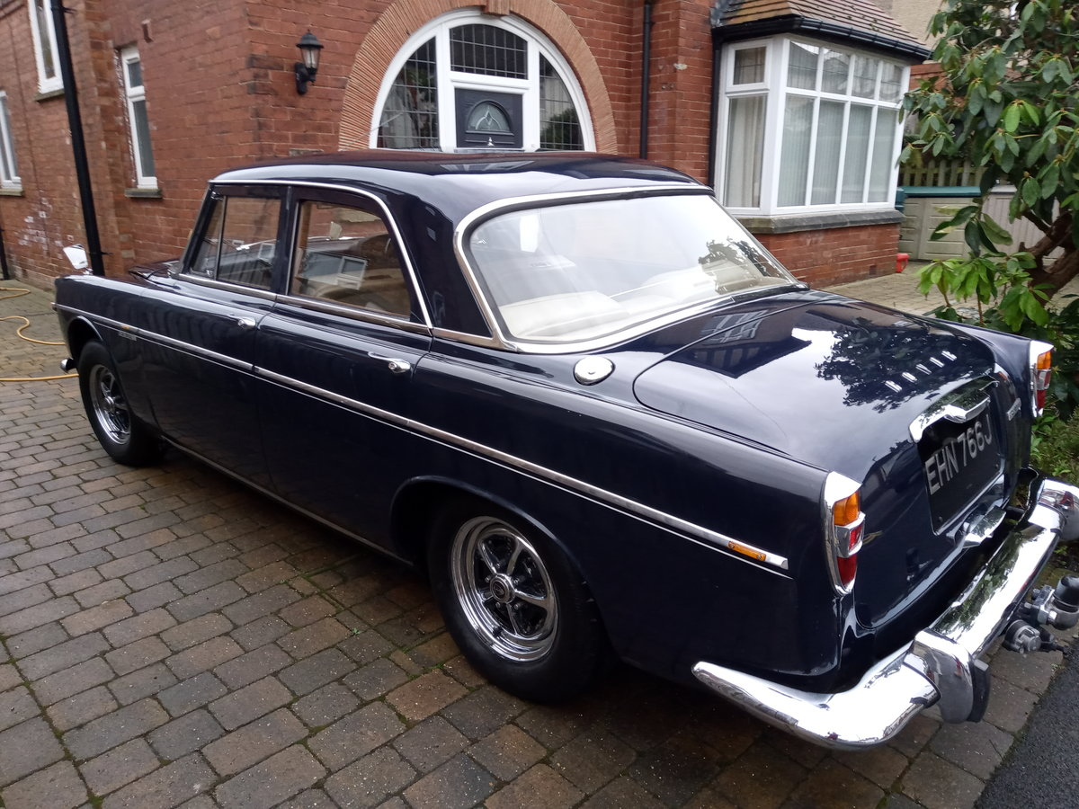 1970 Rover P5b Saloon, Admiralty Blue SOLD (picture 3 of 6)