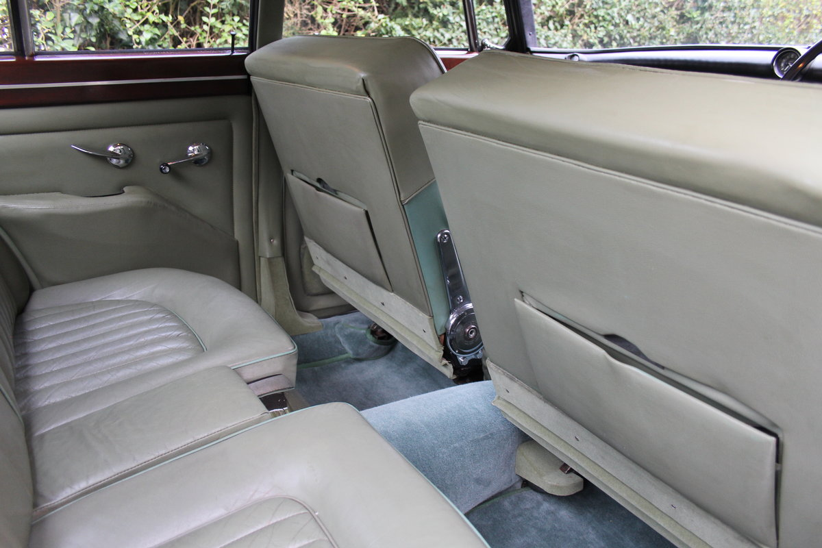 1964 Rover P5 Coupe, 34550 Miles, 1st Owner 40 Years, Top Class For Sale (picture 16 of 24)