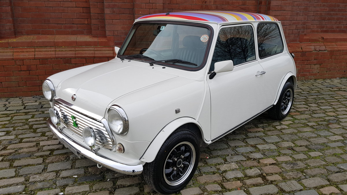 1998 ROVER MINI PAUL SMITH RARE INVESTABLE CLASSIC MINI MANUAL SOLD (picture 1 of 6)