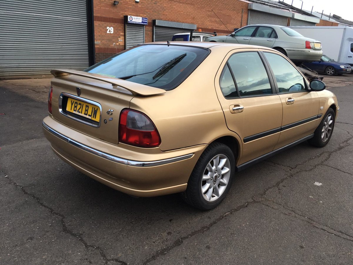 Low mileage 2001 Automatic Rover 45 iXS Hatchback SOLD (picture 3 of 6)