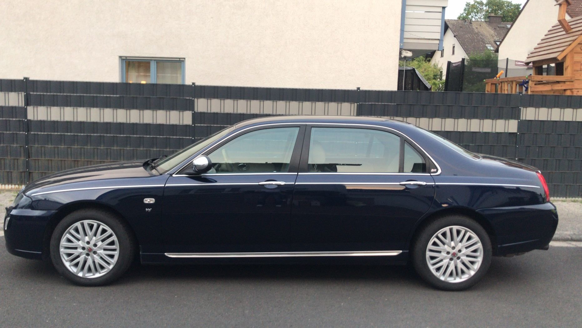 2005 75 LIMOUSINE (1 of approx 75 LWB ever built) - RHD For Sale (picture 2 of 5)