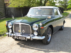 Beautiful  Rover P5B 3.5 Litre Saloon