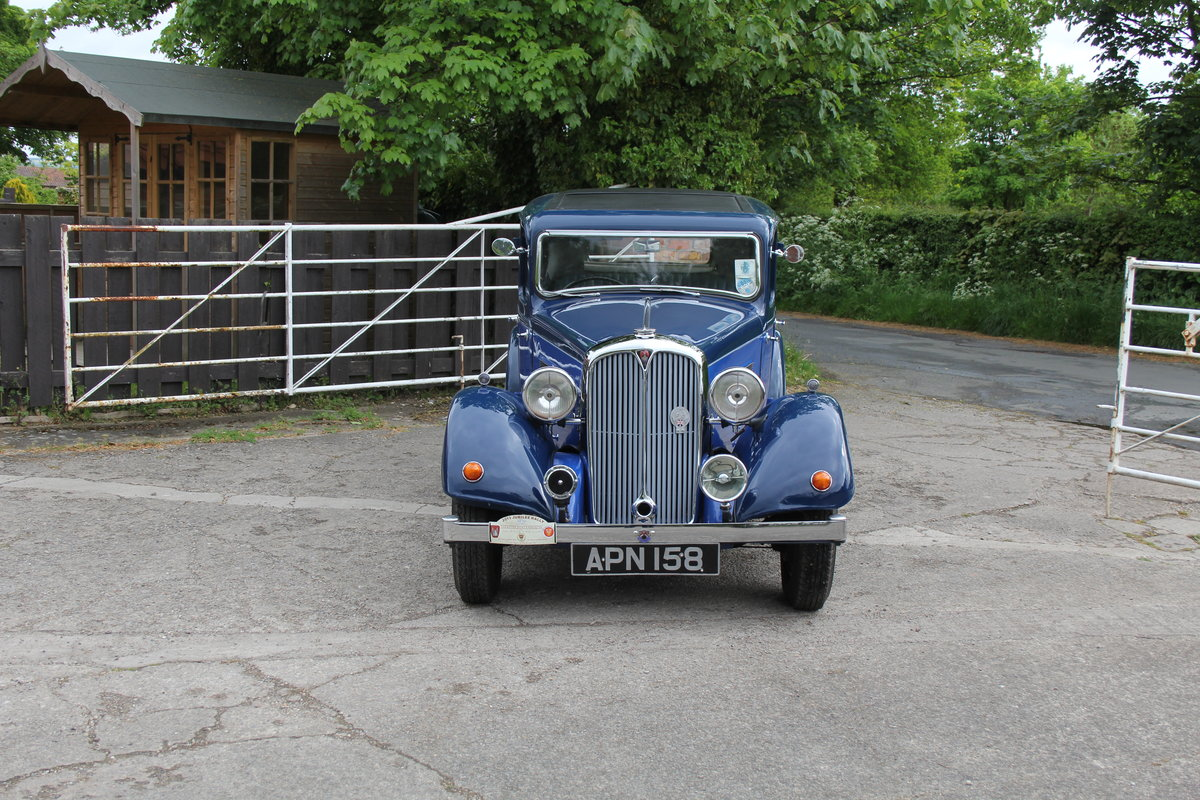 1937 Rover 10 Saloon, Lovely Condition, Improved Rover P2 Engine For Sale (picture 2 of 18)