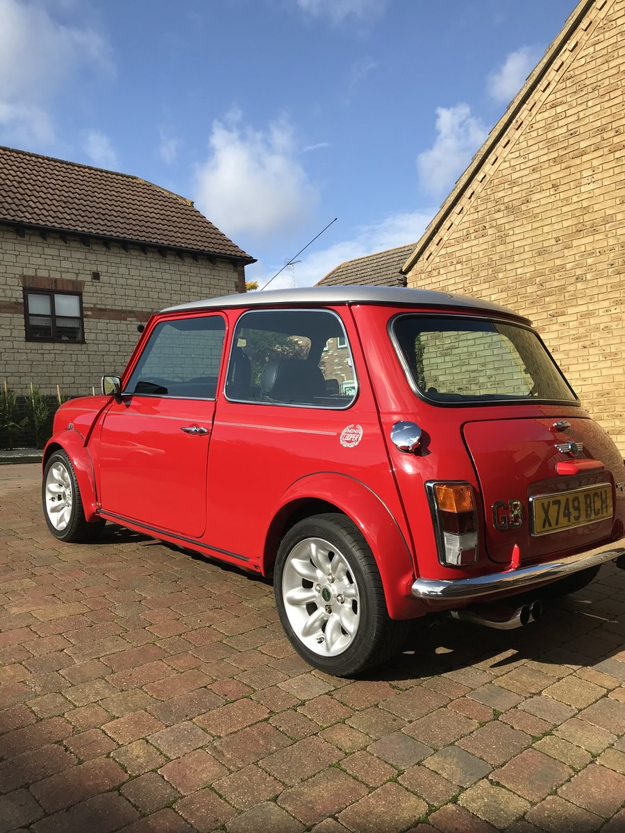 Reduced. Mini Cooper Sport 2000 SOLD (picture 2 of 6)