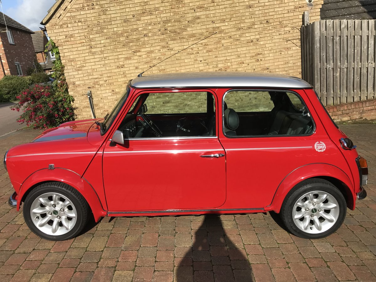 Reduced. Mini Cooper Sport 2000 SOLD (picture 4 of 6)