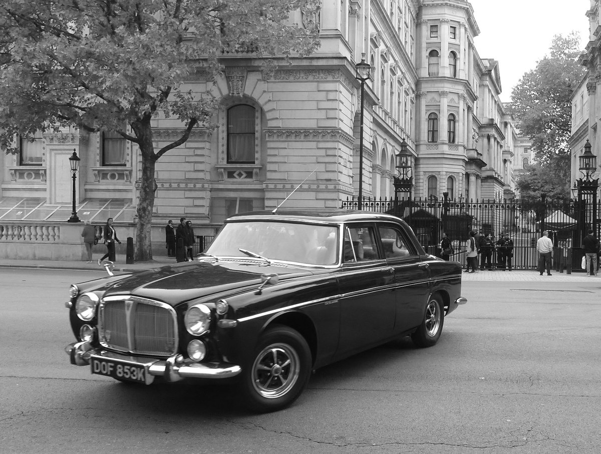1971 Rover P5B Grand Old Girl! For Sale (picture 6 of 6)