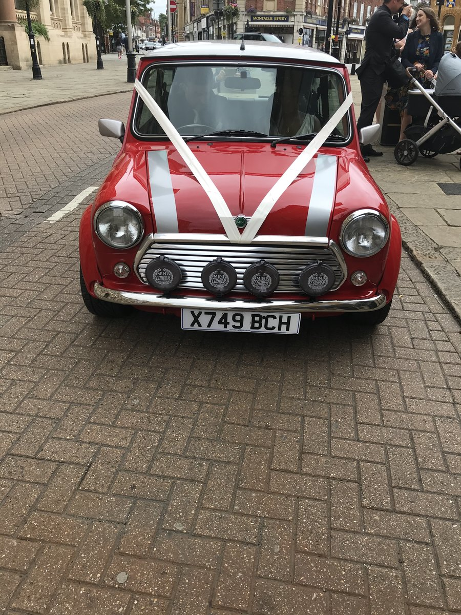 Reduced. Mini Cooper Sport 2000 SOLD (picture 1 of 6)