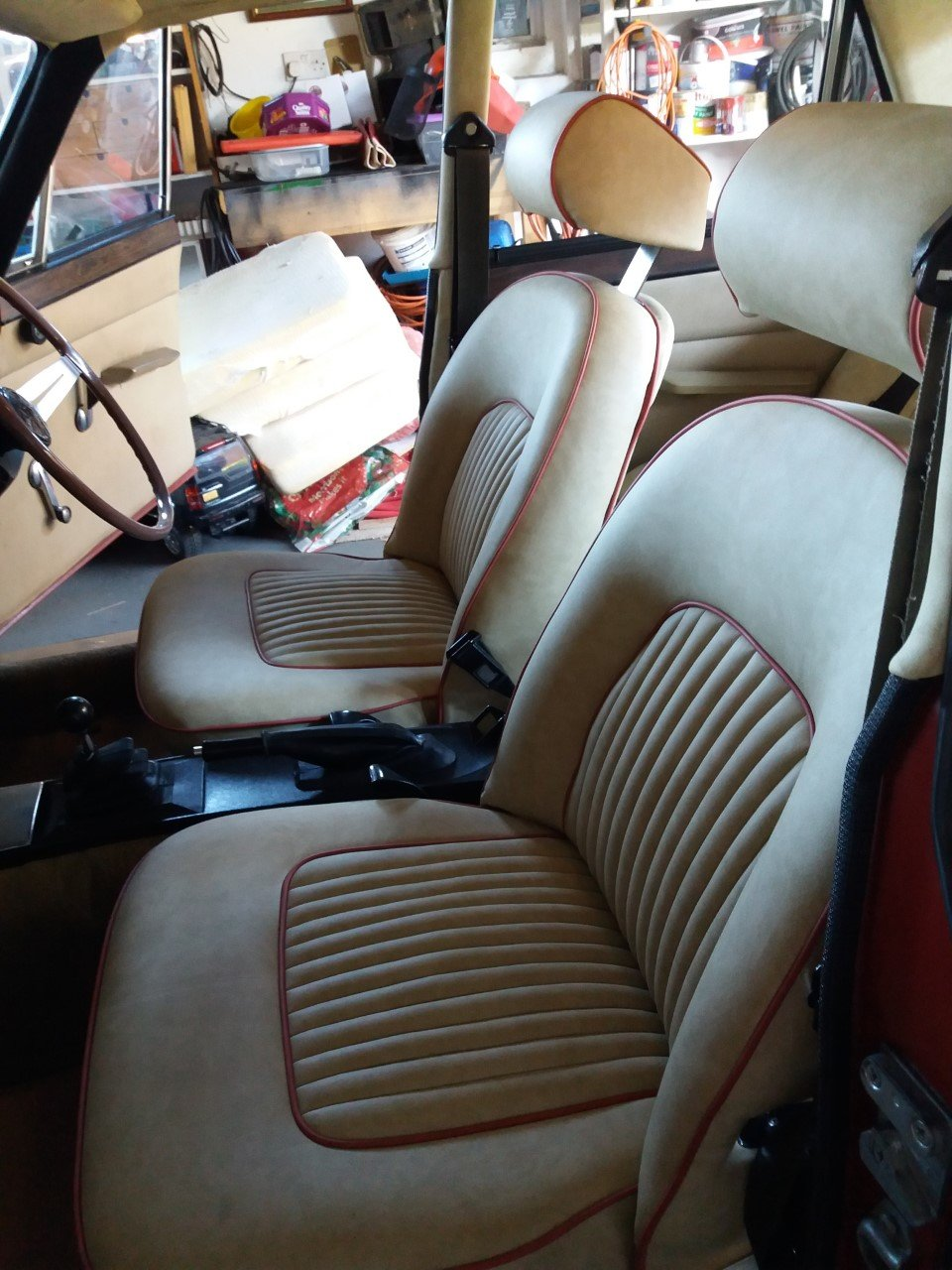 1971 Rover P6 Manual For Sale (picture 5 of 6)