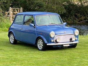 ROVER MINI COOPER 40TH ANNIVERSARY EDITION IN ISLAND BLUE