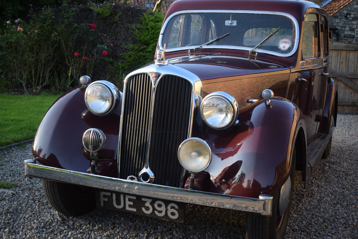 1947 P2 ROVER 12 - LOVELY EXAMPLE OF RARE 40s LUXURY CLASSIC For Sale (picture 1 of 6)