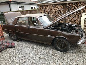 Picture of 1972 Very good rover p6 3500s for recommission