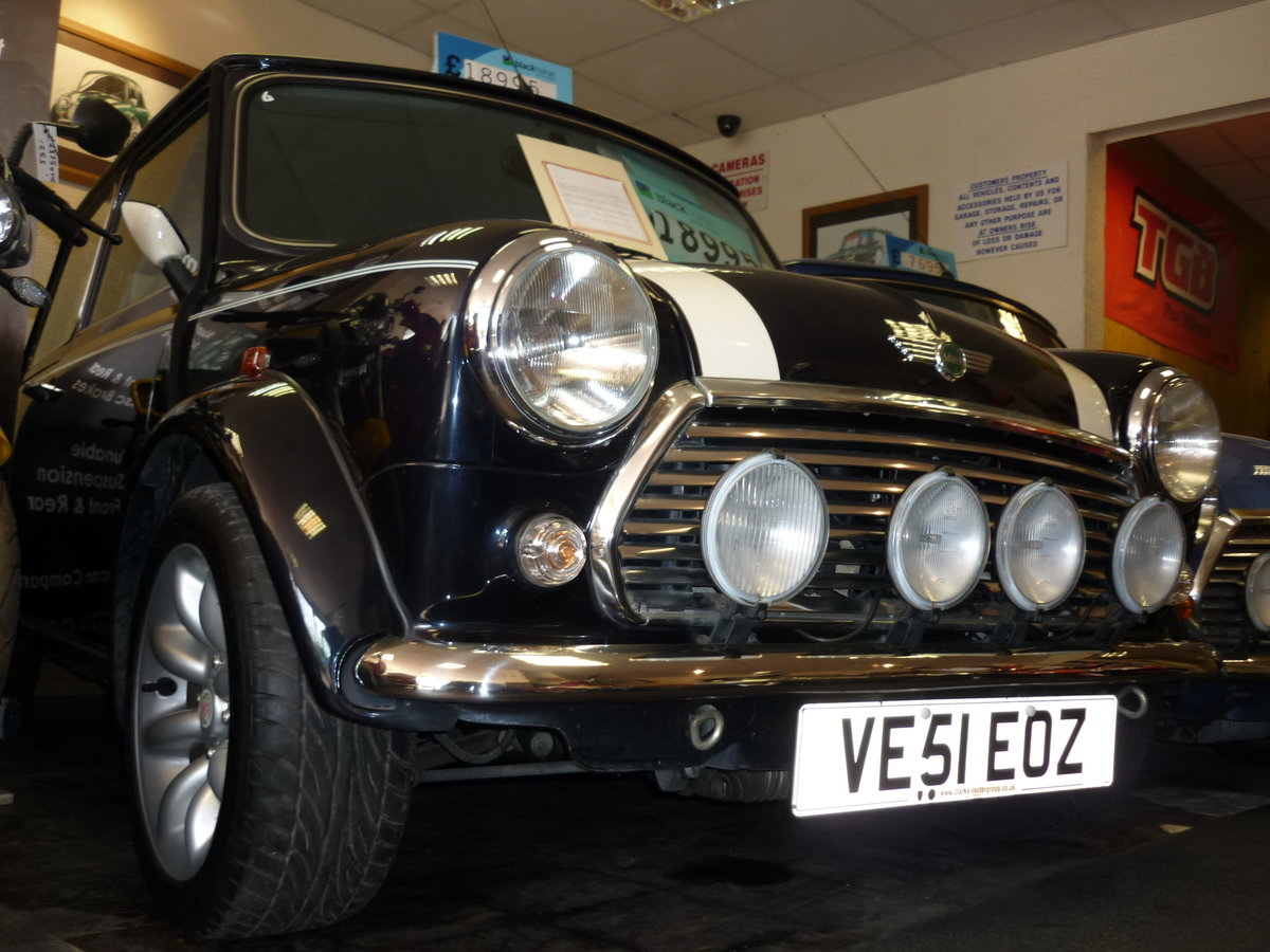 2001 Classic Mini Cooper Austin Rover, only 131 miles!! For Sale (picture 2 of 6)