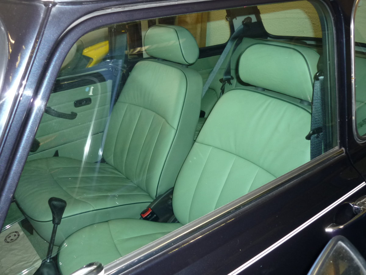 2001 Classic Mini Cooper Austin Rover, only 131 miles!! For Sale (picture 3 of 6)