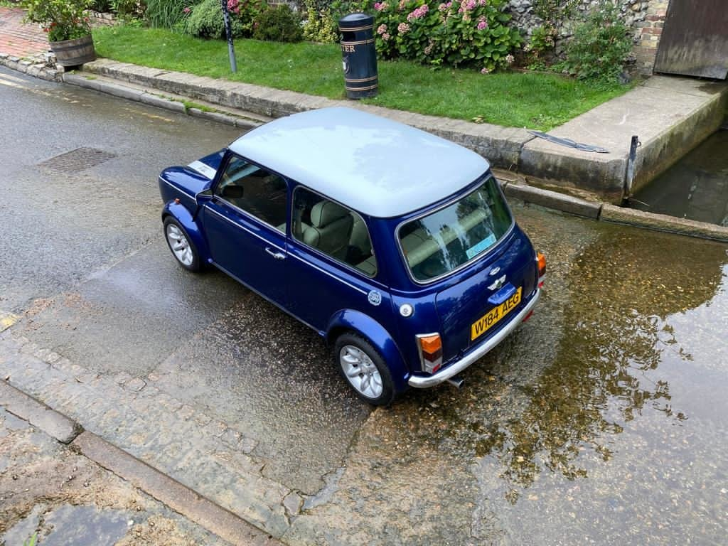 Stunning 2000 Mini Cooper Sportspack with 8,000 miles For Sale (picture 3 of 5)
