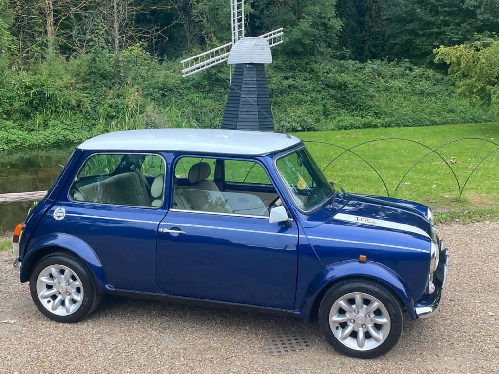 Stunning 2000 Mini Cooper Sportspack with 8,000 miles For Sale (picture 4 of 5)
