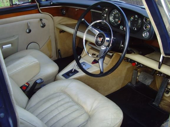 1973 Beautiful immaculate example Rover P5B saloon. SOLD (picture 4 of 12)