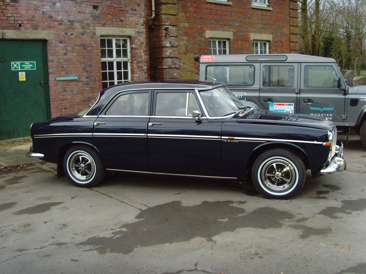 1973 Beautiful immaculate example Rover P5B saloon. SOLD (picture 6 of 12)