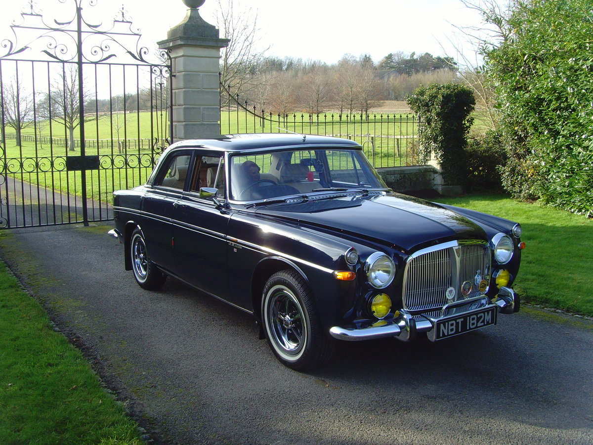 1973 Beautiful immaculate example Rover P5B saloon. SOLD (picture 8 of 12)