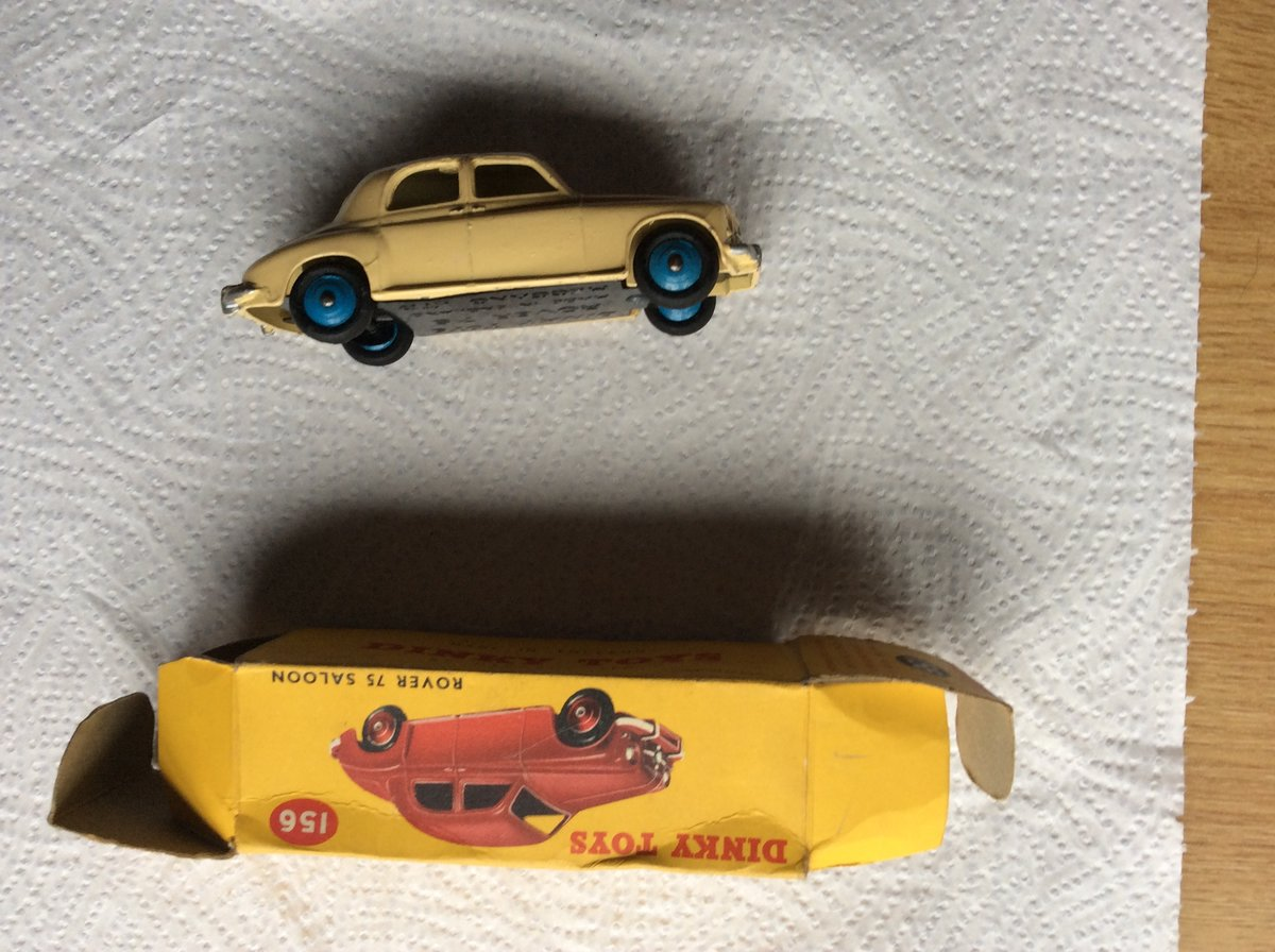 Excellent DINKY MODEL 156 ROVER 75 For Sale (picture 3 of 6)