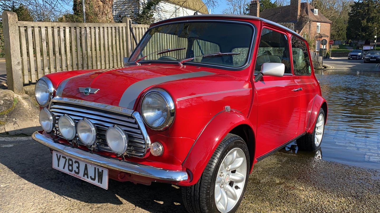 2001 Solar Red Mini Sportspack For Sale (picture 1 of 12)