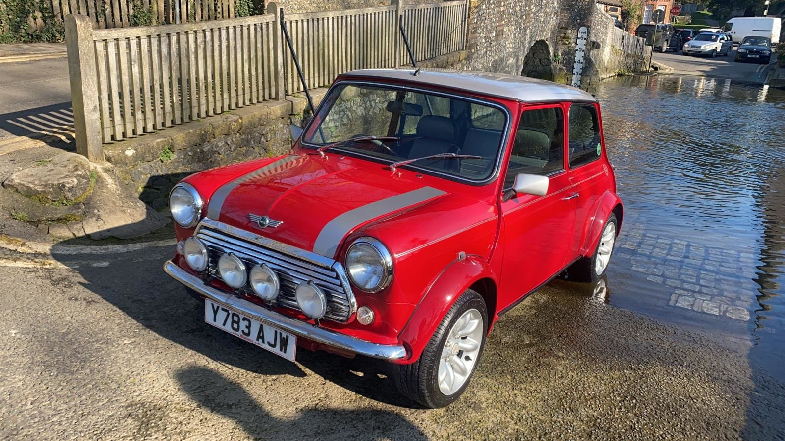 2001 Solar Red Mini Sportspack For Sale (picture 3 of 12)