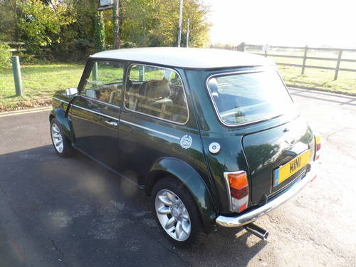 Mini Cooper Sport 2000 W reg only 1,090 Miles For Sale (picture 4 of 6)
